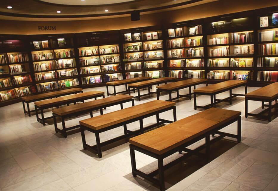 誠品信義旗艦店 図書館