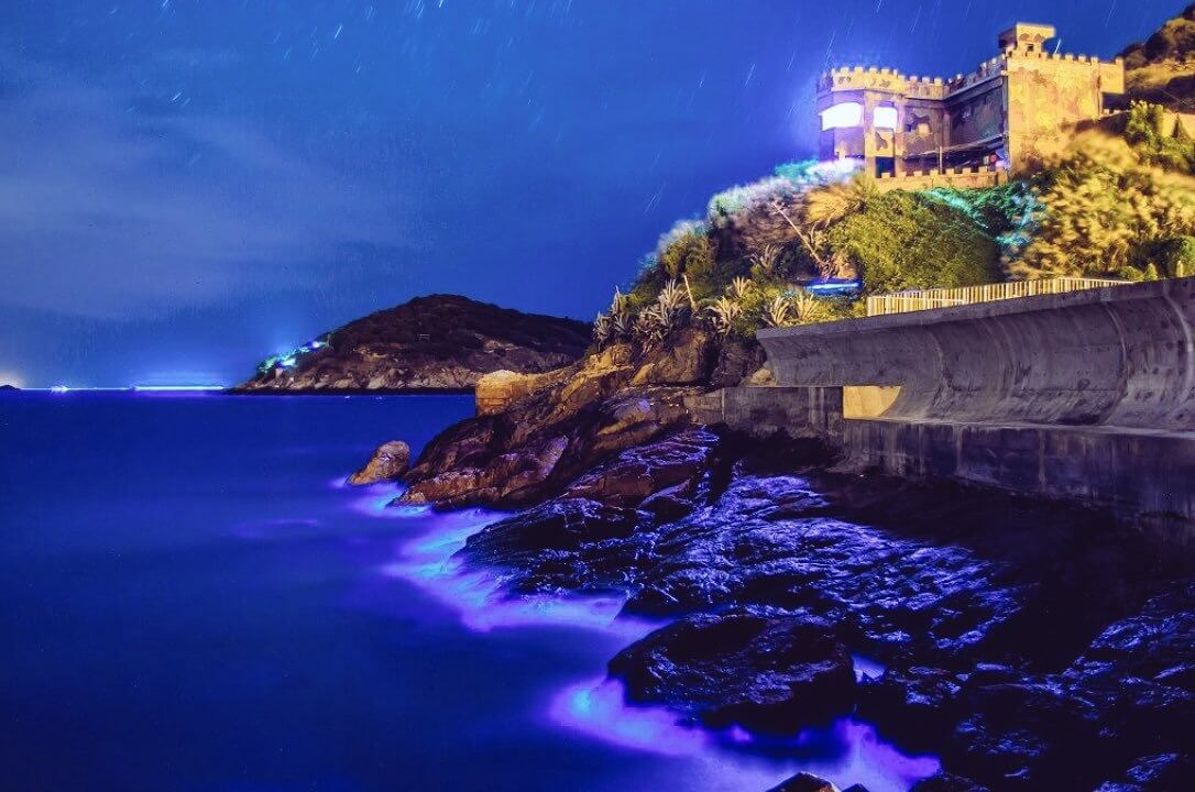 死ぬまでに一度は見てみたい幻想的な絶景スポット!馬祖島の「青の涙」!
